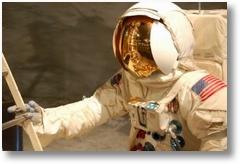 471007 astronaut